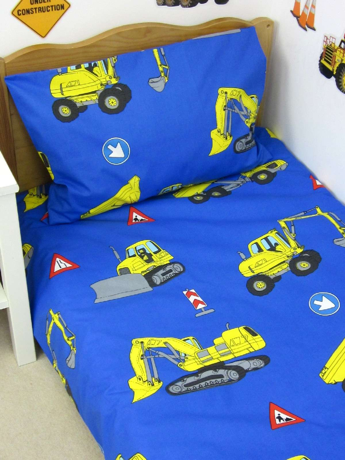 1365102367 Waterproof Mattress Protector Trade Jpg Yellow Digger Duvet Set Surplus Stock