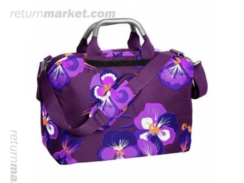 ... 1476303830 it worlds lightest oriental floral cabin bag.jpg 52ad22d00bf39